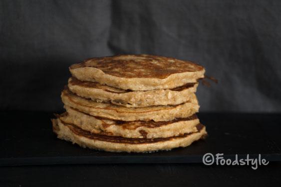 Havermout pannenkoeken zonder melk met griekse yoghurt
