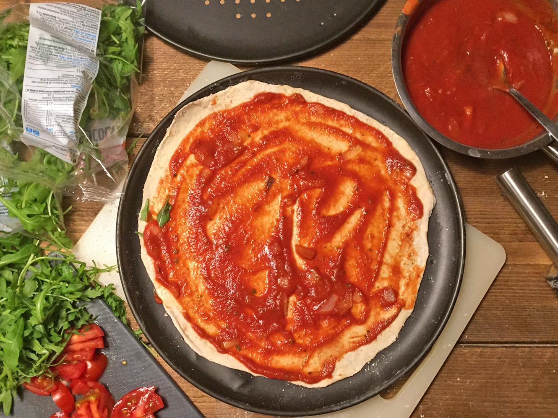 Pizzasaus zelf maken